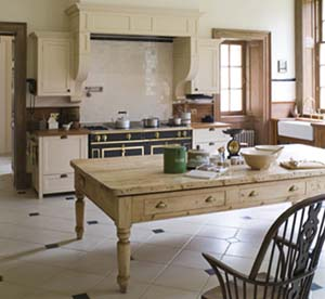 A model kitchen for the georgian era old house online for Georgian style kitchen designs