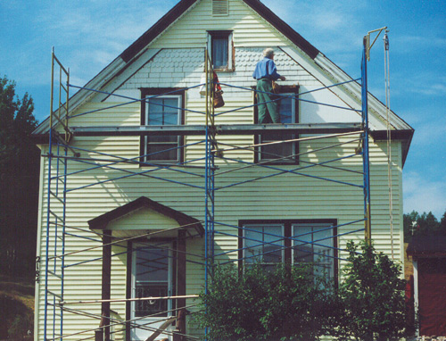 Getting under second skins old house online old house for How to get paint off siding
