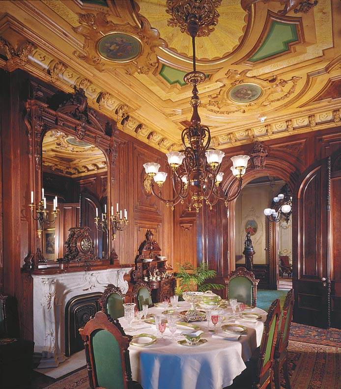 Guide to victorian lighting old house online old house for Victorian dining room
