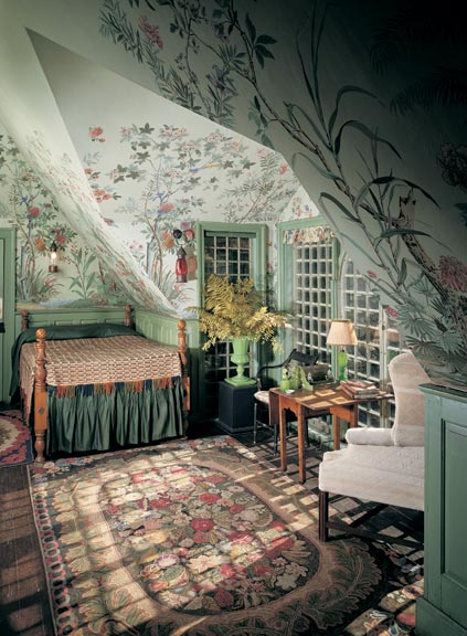 A guide to 20th century wallpaper old house online for Fairy garden bedroom ideas