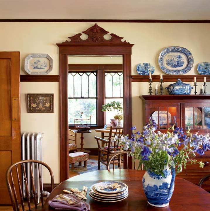 Bungalow Decorating Pleasing With Cottage Bungalow Dining Room Ideas Picture