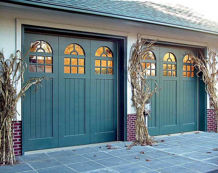 How to choose a garage door old house online old house for Garage door colors