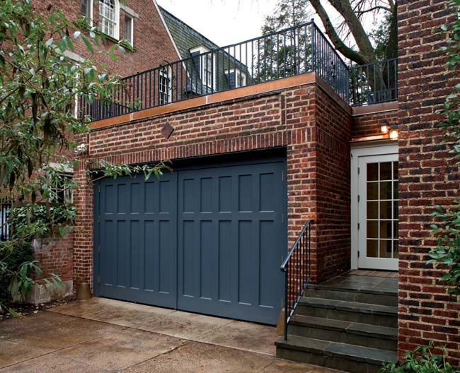 A garage turned family room old house online old house online - Houses garage deck rooftop party ...