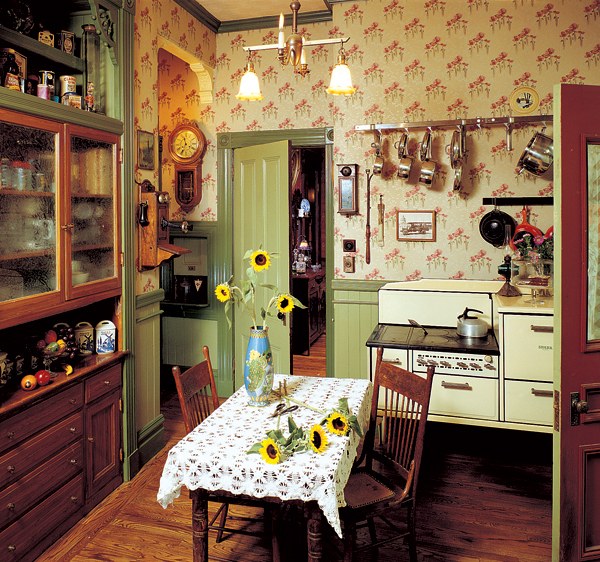 Old Country Kitchen: Add Charm With Kitchen Wallpaper