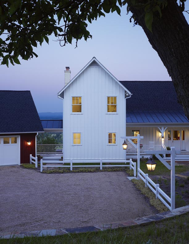 Farmhouse on a vineyard old house online old house online for Board and batten farmhouse