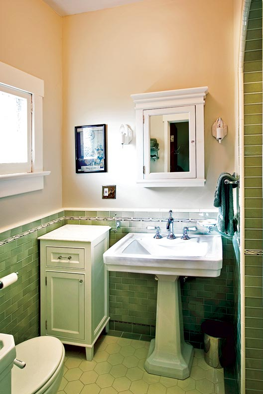 Craftsman makeover for a california bungalow old house for Arts and crafts bathroom lighting