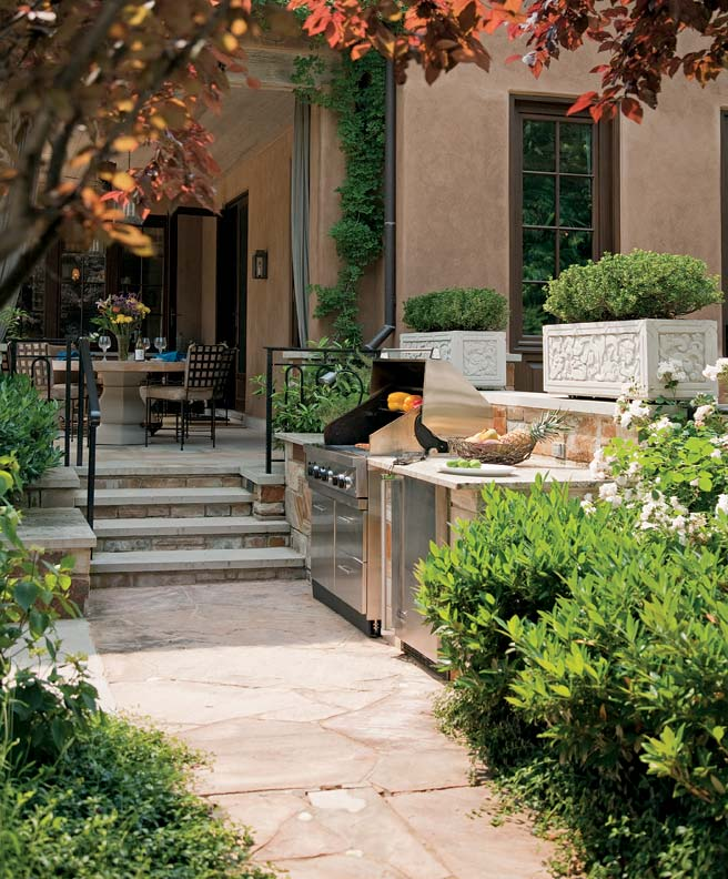 Tips For An Outdoor Kitchen: Tips For Designing An Outdoor Kitchen