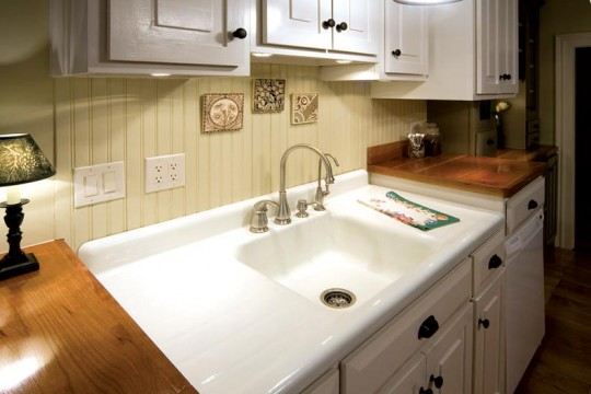 Farmhouse Drainboard Sink : ... sink in good condition. The Lazets sink is in such good shape that