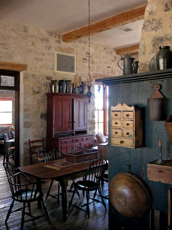 Rustic kitchen for a texas farmhouse old house online for Colonial farmhouse interior design