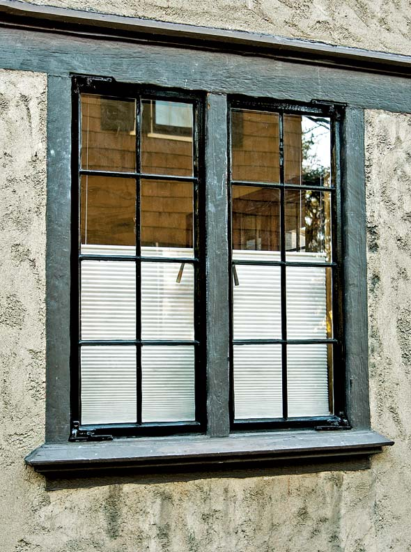 Casement window steel casement window repair for Steel windows