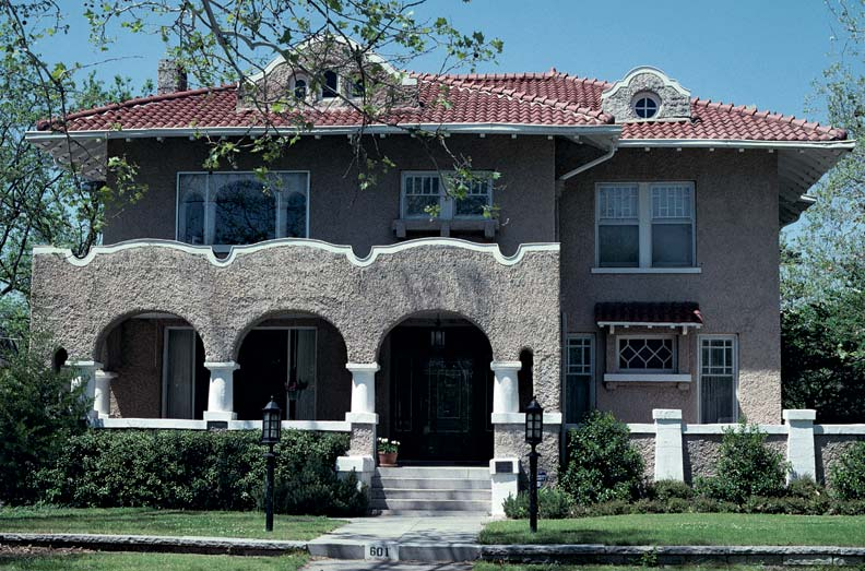 Spanish architecture in america old house online old for Spanish style roof tiles