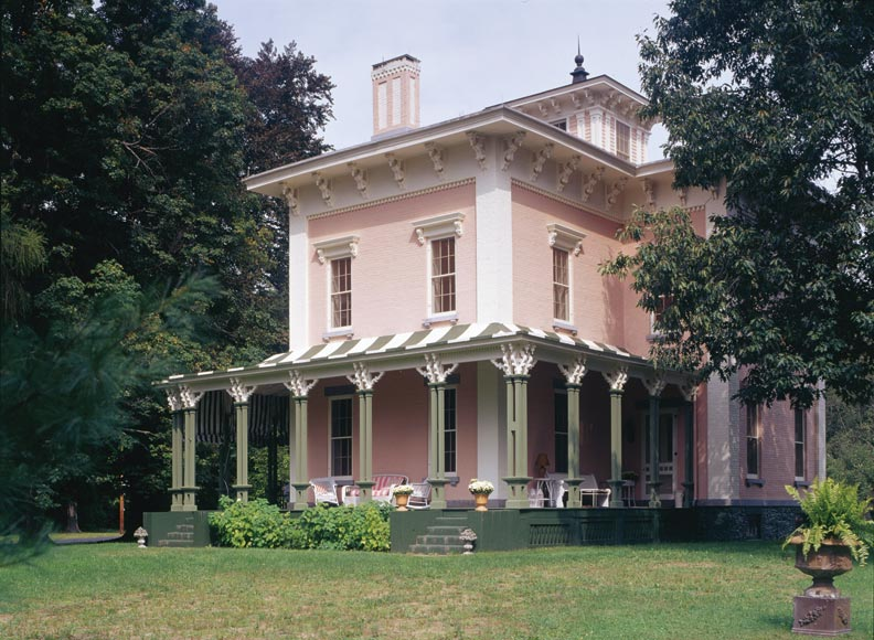 A period perfect italianate restoration old house online for Italianate homes for sale