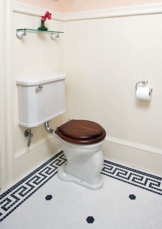 Top 5 tips for caring for a vintage toilet old house - Toilette retro ...