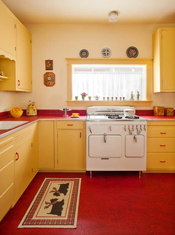 Designing a retro 1940s kitchen old house online old for Retro küchen