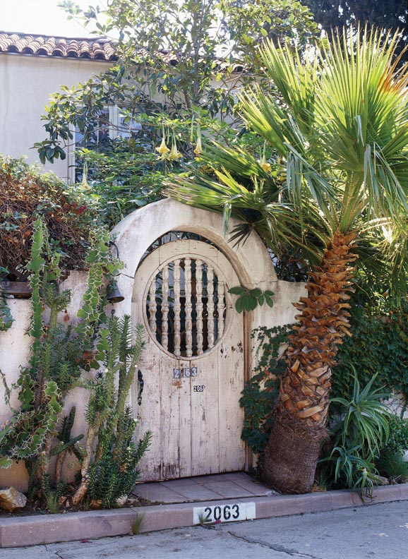 Spanish Revival Architecture in Los Angeles Old House