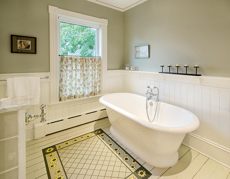Energy efficient makeover for a vermont farmhouse old for Efficient master bathroom layouts
