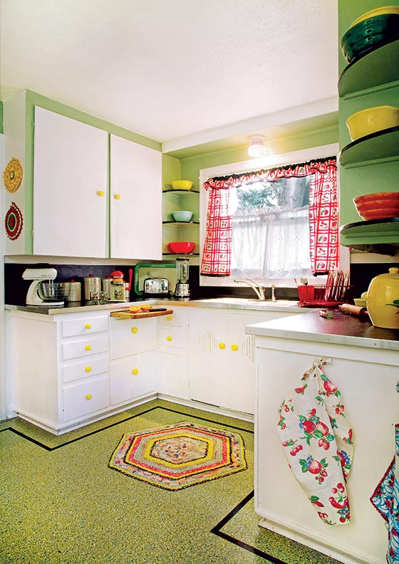 Superior Linoleum Flooring Kitchen #2: Kitchen-flooring-choices-linoleum.jpg