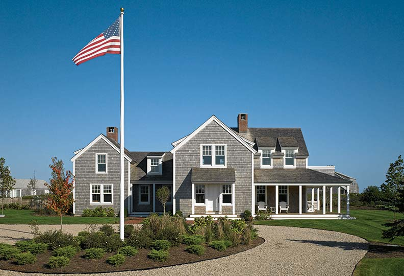 Creating a traditional nantucket house old house online for Nantucket style home plans