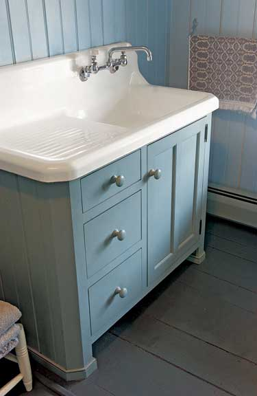 Vanities of the Bath - Old-House Online - Old-House Online