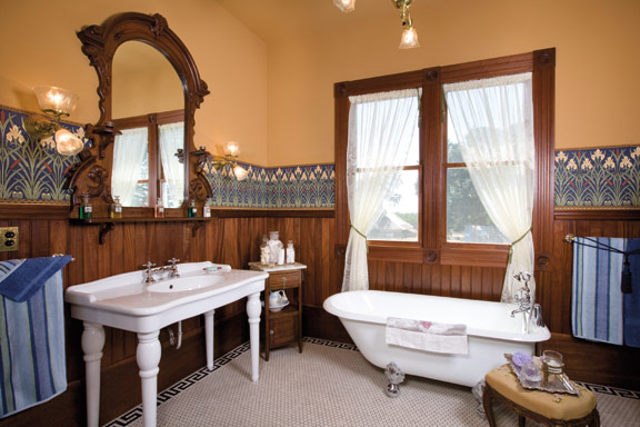 9 Inspiring Old House Bathrooms Old House Online Old