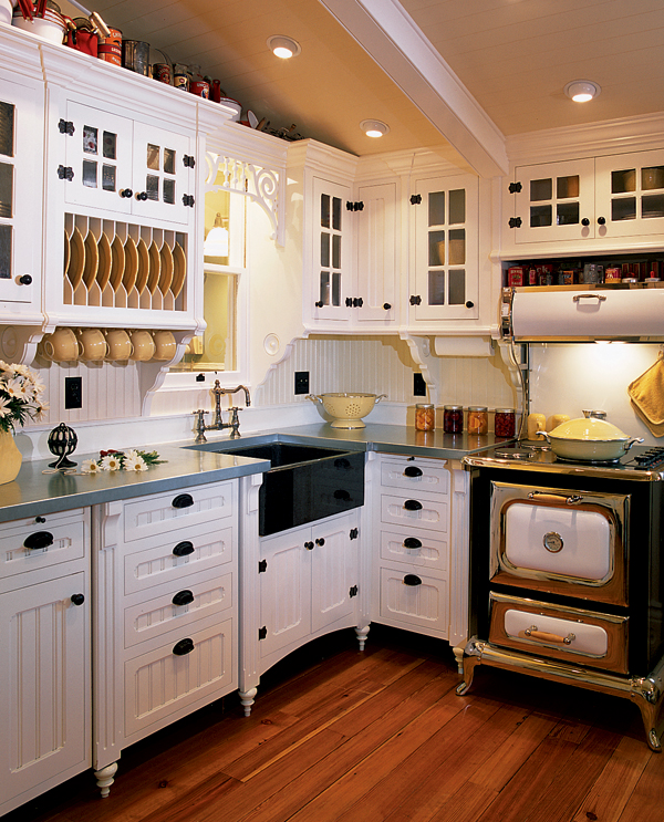 Gingerbread Millwork For Old-House Kitchens