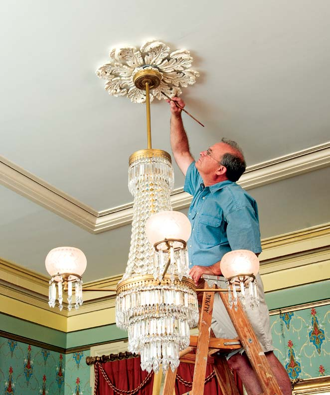 How To Decorate With Ceiling Medallions Old House Online