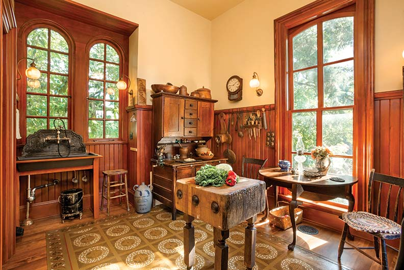 a period perfect victorian kitchen old house online old house online. Black Bedroom Furniture Sets. Home Design Ideas